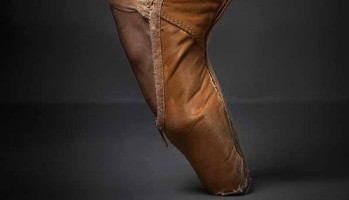 """3 Tips to Finding the Perfect Ballet Flat and VOGUE's List of """"Ballet Inspired Shoes to Indulge Your Inner Romantic"""""""